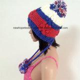 100% Lã da Islândia, Feito À Moda Chapéus Crocheted de Moda com Pompon / Earflap com Cordas