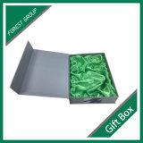 Бумажная коробка подарка с зеленой вставкой в Китае