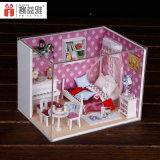 Mini casa hermosa de la princesa muñeca a mano para el regalo