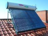 Chauffe-eau solaire de Non-Pression avec le réservoir