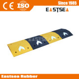 黒い及び75mmの高さのゴム製矢の道の減速バンプを黄色にしなさい