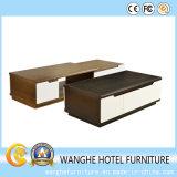 Tabella di legno moderna del lato dell'impiallacciatura della betulla, tavolino da salotto di legno solido