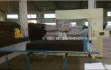 Lq mousse ou une éponge coupe verticale de la machine pour la mousse de polyuréthane