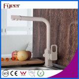 Robinet en laiton moderne de filtre de cuisine de 3 voies de Fyeer