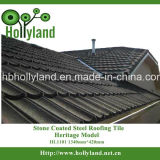 A telha de telhado do metal com microplaqueta de pedra revestiu (clássico)