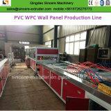 PVCプラントファイバーの統合された壁のパネル・ボードの製造業の機械装置