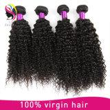 100%の自然なブラジルの加工されていないバージンのねじれたカールの人間の毛髪