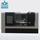 Tornio di CNC con il macchinario inclinato della base