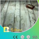 Textura de madera veteada de 12mm Robles V ranurado resistente al agua, suelo laminado