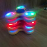 Asta cilindrica istantanea luminosa di colore LED della girobussola della punta delle dita del Tre-Foglio con la vendita diretta dei giocattoli dei fornitori caldi a pressione ridotta di stile