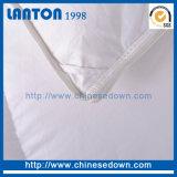 中国の工場100%年の綿の羽のガチョウはキルトにする
