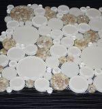 Le mattonelle di mosaico di vetro rotonde di disegno di mare del penny speciale della lumaca