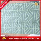 Weißer Baumwollgroßverkauf-nichtgewebter Kissen-Wegwerfdeckel