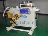 Il raddrizzatore con Uncoiler ha requisito di qualità della lavorazione di livello (RUS-200F)