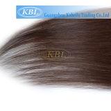 Закрепите в волосы прямых волос человека