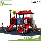 Campo de jogos ao ar livre do grande jardim de infância interessante engraçado dos miúdos do tamanho para a venda