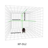 회전하는 녹색 Laser 수준을 조사하는 2개의 선