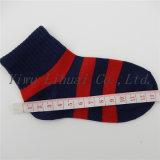 Junge scherzt Kind-Boots-Viertel-niedrige Schnitt-Knöchel-Socken