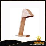 Geschmälerte hölzerne Tisch-Lampe für Haus (LBMT-AH)