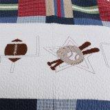 純粋なキルトとして使用される綿のポリエステルによってキルトにされる超音波ベッドカバー