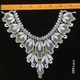 la garniture brodée florale d'Applique de collier d'or de 37*33cm a décoré le collier d'encolure de lacet cousant Hme966