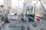 Bouteille de verre automatiques de boissons gazeuses le remplissage de l'embouteillage de boissons gazeuses usine d'emballage