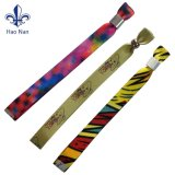 Bracelets colorés personnalisé bon marché pour le Festival Festival