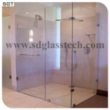 浴室のWindowsまたはドアのための超白いガラスまたは緩和されたガラスまたは低い鉄ガラス