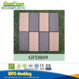 Mattonelle di plastica di legno di Decking del terrazzo WPC dell'interruttore di sicurezza delle mattonelle del composto DIY