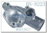 Boîtier de thermostat de pièces d'auto d'engine/sortie de l'eau pour Mitsubishi 4D32 (ME015017)
