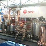 Calefacción a vapor caliente de venta de equipos de destilería con columna de cobre, Mash Tun combinados en un sistema de deslizamiento