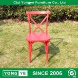 Volver Corss de plástico rojo sillas para Restaurant con