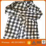 Verwendeter Kleidung-Export zu Afrika verwendetem Mischmann-Hemd