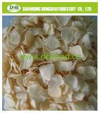 탈수한 마늘에 의하여 말린 마늘은 가벼운 백색 색깔 좋은 Forma 얇은 조각이 된다