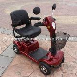 Scooter de mobilidade elétrica ao ar livre de quatro rodas