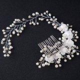 Het charmante Haar van de Band van de Lengte van de Tiara's van de Bruid van het Huwelijk van Hairband van de Bloem van de Parel