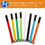 多色刷りの再使用可能なホックおよびループ・ケーブルのタイ