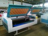 CNCの二酸化炭素レーザーの打抜き機アクリルレーザーの彫版機械