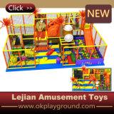 Niedriger Preis-aufblasbare Plastikkind-Innenspielplatz (T1503-9)