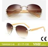 China-Großverkauf fertigt randloses Metall, Bambusbügel-Sonnenbrille-UVschutz 400 kundenspezifisch an (613-A)