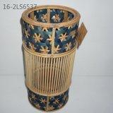 Tradizionale di stile cinese con le maniglie delle lanterne variopinte