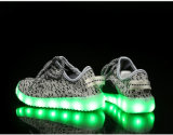Hot Style Yeezy Boots Lace-up Flyknit Carregamento USB Flashing Kids LED Shoes