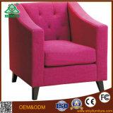 Moderno um sofá de couro de madeira sólida transversal de tecido Sofá