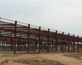 Estructura de acero de colores taller de construcción fabricado