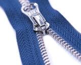 Metallreißverschluß mit den Glänzend-Splitter Zähnen und blauem Band/fantastischem Abzieher/hochwertig