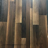 Plancher en bois de vinyle de modèle de configuration desserrée chaude de vente d'usine