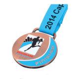 Medalla con el grabado de la insignia del cliente 3D
