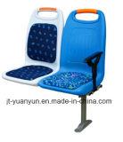 PlastikSeats der The Zwischen-Stadt Bus