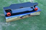 عصريّ كهربائيّة أربعة عجلات رفس لوح التزلج مع يثنّى [83مّ] صرة محرّك