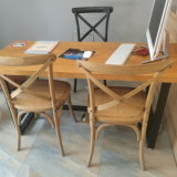 卸し売り屋外の固体ブナの木の十字の背部結婚式の椅子